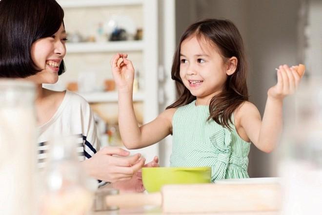Nguyên tắc bàn tay trong việc khen con