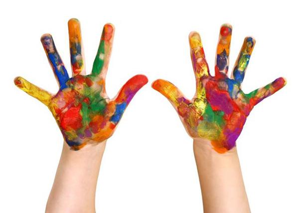 Bằng cách nhìn và phân tích các bức tranh của trẻ em, các chuyên gia sẽ tìm ra được nguyên nhân cũng như cách điều trị hoặc nhìn nhận tâm lý của đứa trẻ