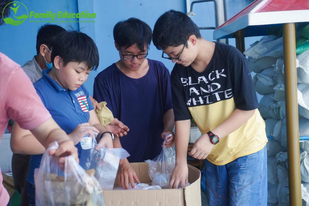 Phụng Sự Mầm Non - Chương trình Bánh Mì Yêu Thương